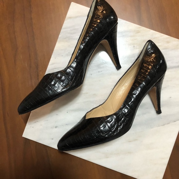 4ca594c183c8 Le Sac Shoes - Italian Black Snake Skin Shoes - AUTHENTIC
